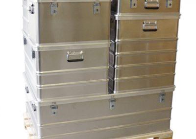 Aluminium kisten stapelbaar op europallet