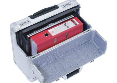Aluminium koffer voor documenten met slot -zoomed in