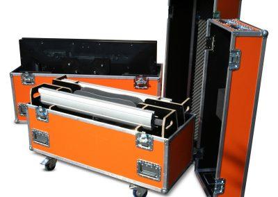 Flatscreen en statief flightcase set - open flightcase