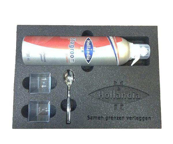 Hollandia slagroom doos met schuim interieur -inlay met laser