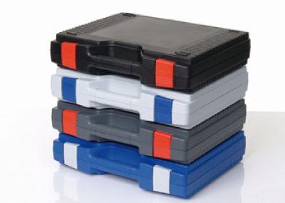 standaard kunststof koffers in verschillende kleuren