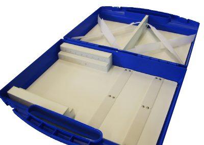 Kunststof interieur in plastic koffer